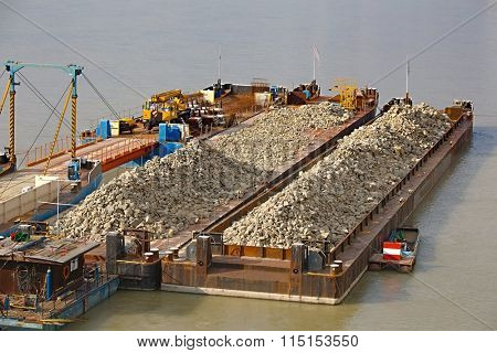 Transporting on barges