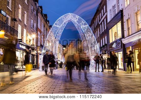 South Molton Street in London during the Christmas Perio