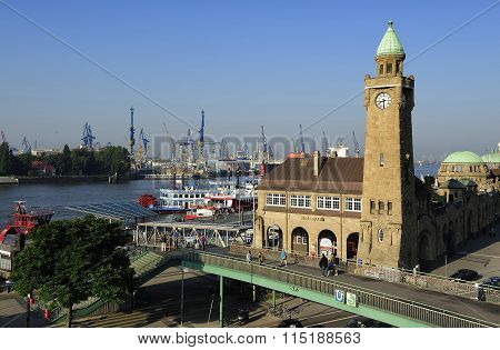 Landungsbrucken With Harbuor And Docks On Elbe River, Hamburg, G