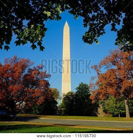 Washington DC, Washington Monument in autumn