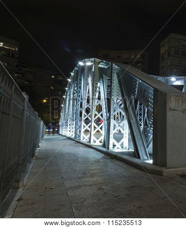 Puente Nuevo O Puente De Hierro Vi