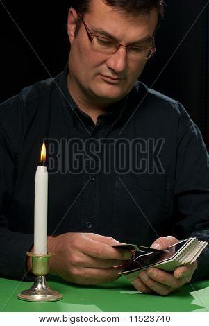 Tarot Reader