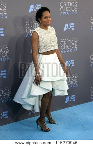 LOS ANGELES - JAN 17:  Regina King at the 21st Annual Critics Choice Awards at the Barker Hanger on January 17, 2016 in Santa Monica, CA