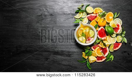 The Citrus Juice From Citrus Fruit - Grapefruit, Orange, Tangerine, Lemon, Lime .