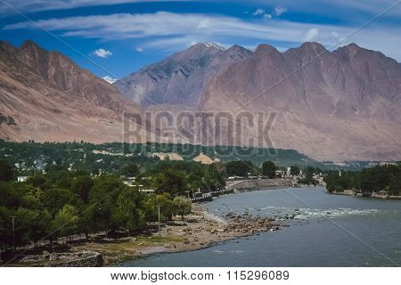 Gilgit town by the Gilgit river