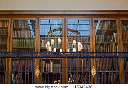 LIVERPOOL 25TH JANUARY 2016  The Magnificent Oak Room Inside Liverpool Central Library