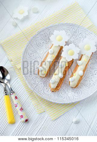 Delicious vanilla eclair