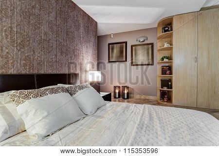 Cozy Bedroom With Oriental Accents