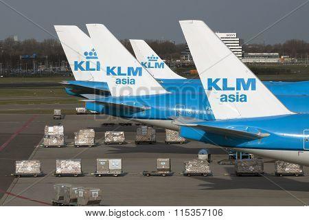 Parking boeings from KLM