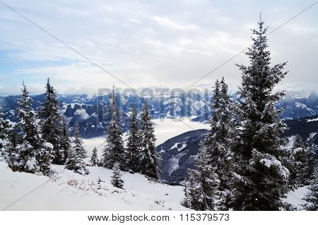 Winter mountain panorama of Zell am See.