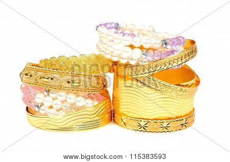Gold and pearls bracelets