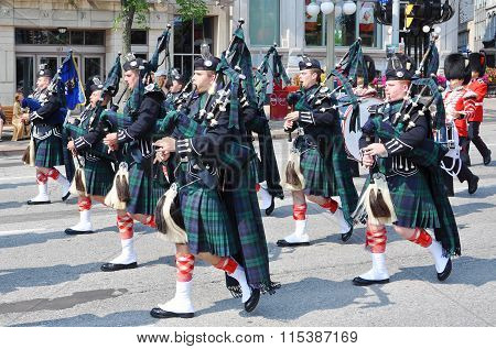 Pipers in Changing of Guard, Ottawa