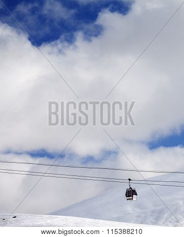 Gondola Lift And Off-piste Slope At Sun Day