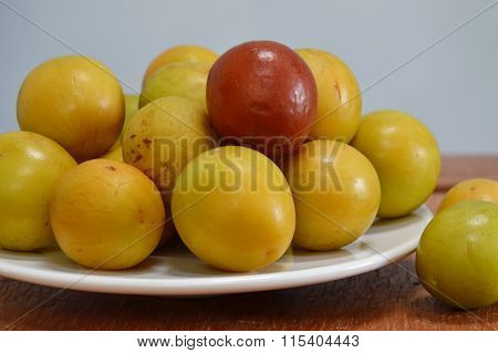 Chinese jujube in dish on table