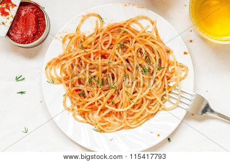 Spaghetti Napoli Pasta With Tomato Sauce And Wine