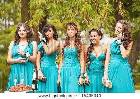 Bridesmaids in the park.