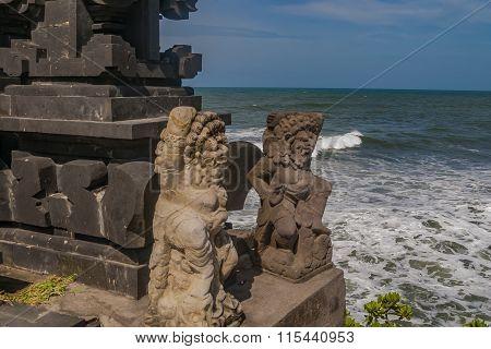 Bali Temple Statues