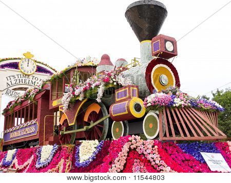 The Alzheimer's Association and Pfizer's float