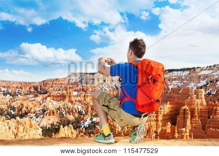 Taking picture of Bryce canyon with smartphone