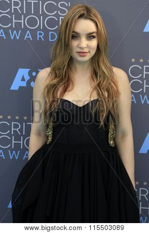 LOS ANGELES - JAN 17:  Alexa Losey at the 21st Annual Critics Choice Awards at the Barker Hanger on January 17, 2016 in Santa Monica, CA