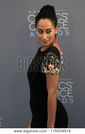 LOS ANGELES - JAN 17:  Tracee Ellis Ross at the 21st Annual Critics Choice Awards at the Barker Hanger on January 17, 2016 in Santa Monica, CA