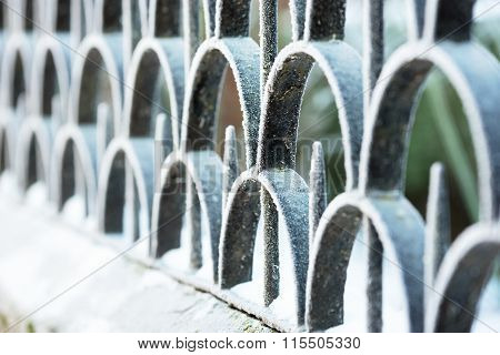 Abstract Fence