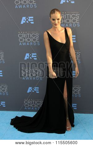 LOS ANGELES - JAN 17:  Rosie Huntington-Whiteley at the 21st Annual Critics Choice Awards at the Barker Hanger on January 17, 2016 in Santa Monica, CA