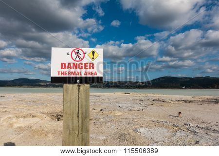 Thermal area danger shield in New Zealand Lake Rotorua