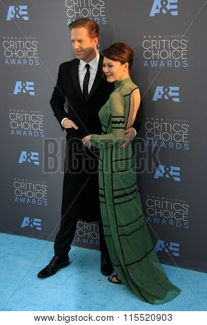 LOS ANGELES - JAN 17:  Damian Lewis, Helen McCrory at the 21st Annual Critics Choice Awards at the Barker Hanger on January 17, 2016 in Santa Monica, CA