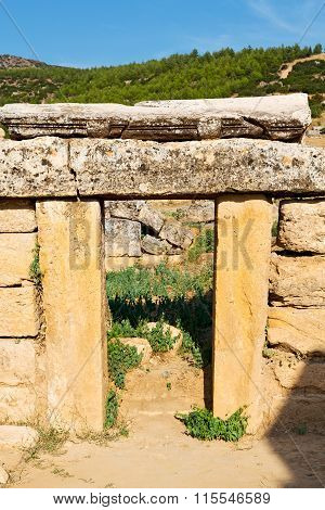 And  Roman Temple History  In Asia Turkey The Column