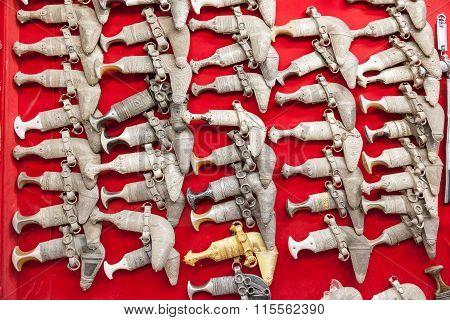 Omani Khanjar Knives For Sale In Nizwa Souk