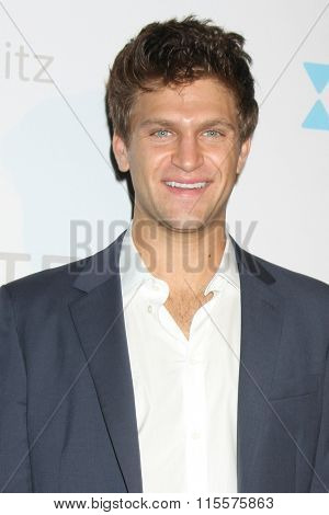 LOS ANGELES - JAN 20:  Keegan Allen at the Let's Kibitz Showcase at the Improv on January 20, 2016 in Los Angeles, CA