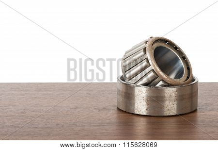 Roller bearing on table