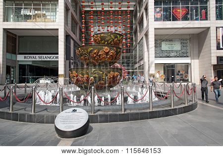 Pavilion Crystal Fountain At Pavilion Shopping Mall