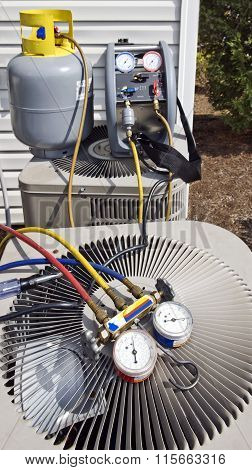 Air Conditioning Unit With Gauges