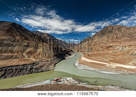 Confluence of Indus and Zanskar Rivers in Himalayas. Indus valley, Ladakh, India
