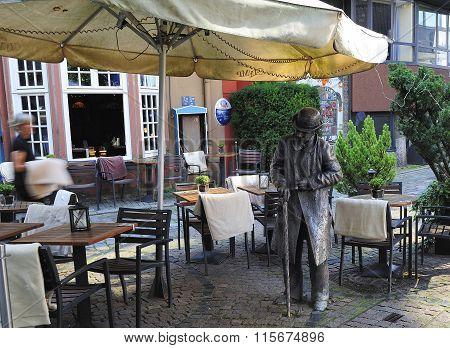 The Statue Of Heini Holtenbeen, Schnoor Quarter, Bremen, Germany