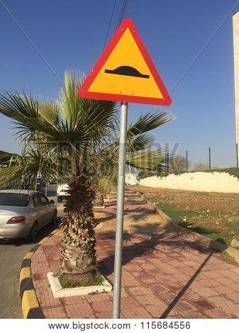 A plain bump sign
