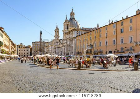 People In Navona Square