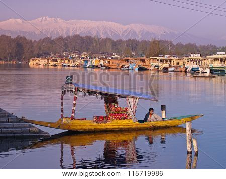 Shikara in Inle lake