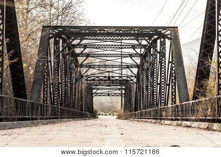Historic Sweetwater River Steel Parker Truss Bridge