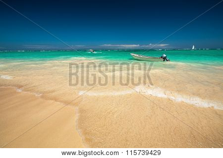 Carribean Sea And Boat On The Shore, Beautiful Panoramic View