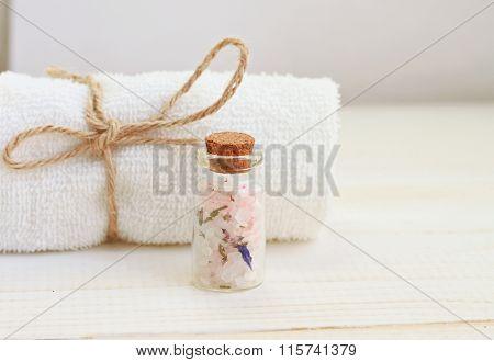 Herbal salt spa