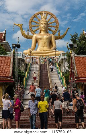 Koh Samui, Thailand - Jan 23 : Big Buddha With Many Of Tourist In The Temple