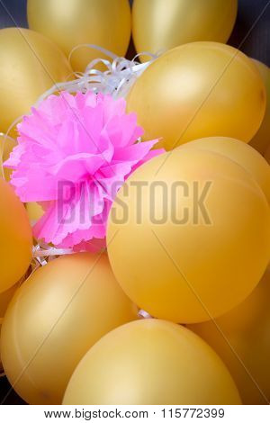 Group Of  Small  Ballon With Pink Paper Flower