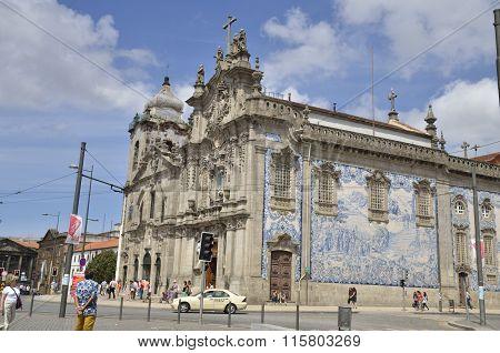 The Carmelitas Church  And The Carmo Church