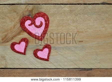 Sparkling red and pink glitter hearts