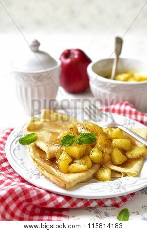 Thin Pancakes With Caramelised Apples And Cinnamon.
