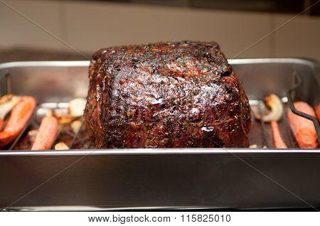 Cooked Beef Rib Roast