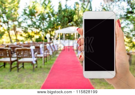 Connect By Phone At The Wedding